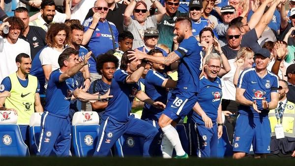 Chelsea Kalahkan Liverpool, Conte: Sekarang Ada Harapan Lagi