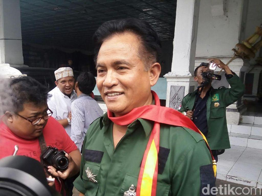 Tak Akan Dukung Jokowi, Yusril Jalin Komunikasi dengan Gatot