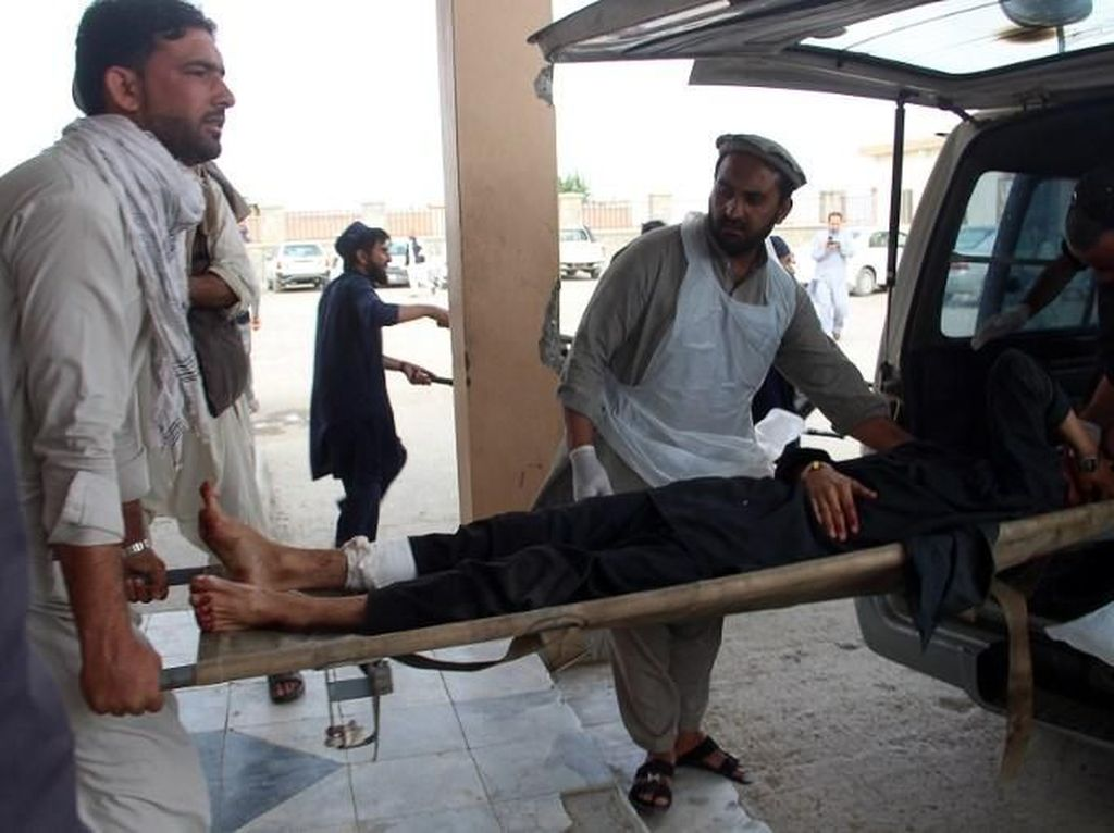 17 Orang Tewas Akibat Ledakan di Masjid Afghanistan