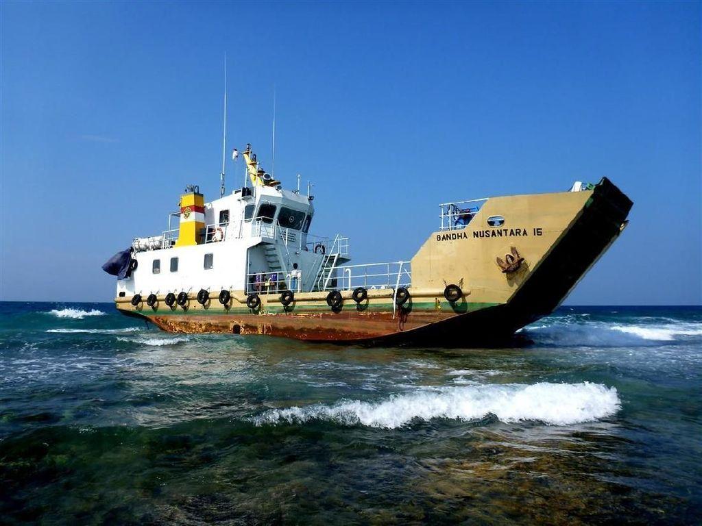Kapal Tabrak Terumbu Karang di Pulau Pari, Sandi: Harus Disanksi