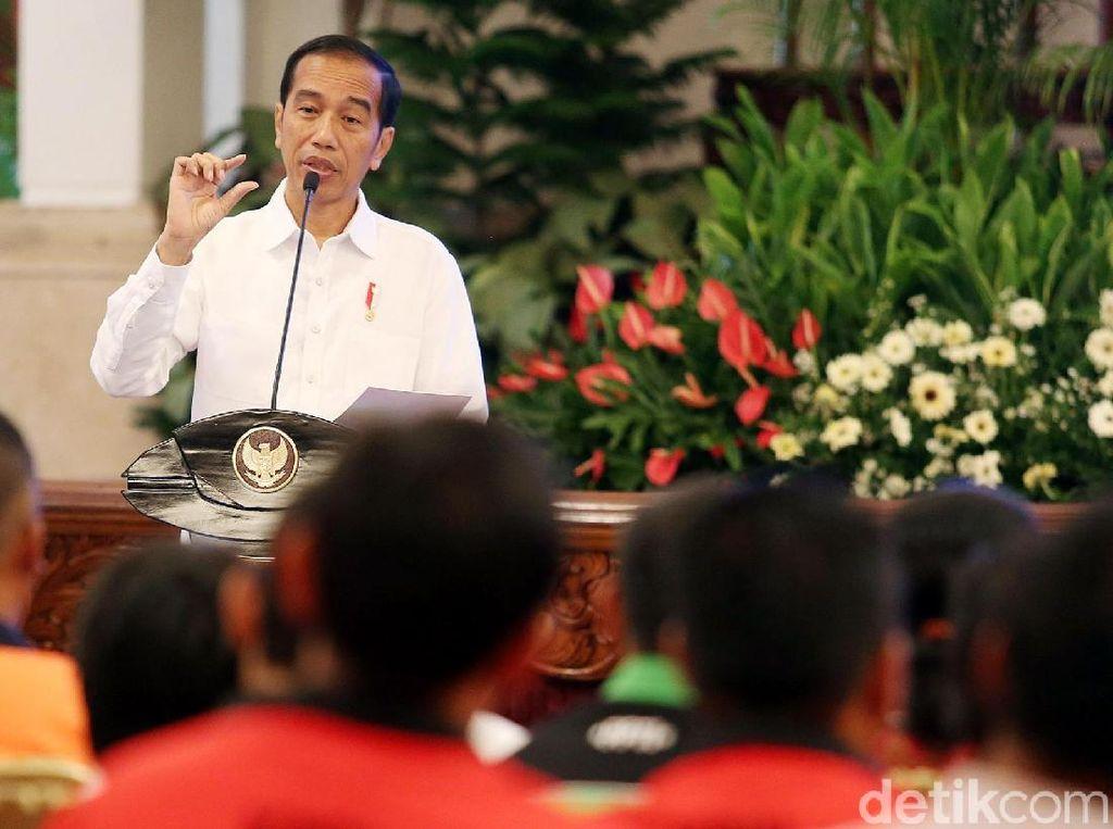 Jokowi: Sikat Semua Oknum yang Pungli Sopir Truk