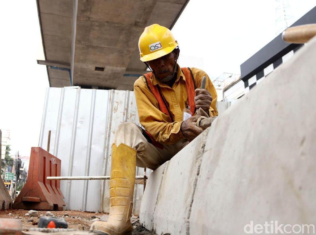 Jokowi Mau Tunda Proyek Infrastruktur, Proyek PUPR Jalan Terus
