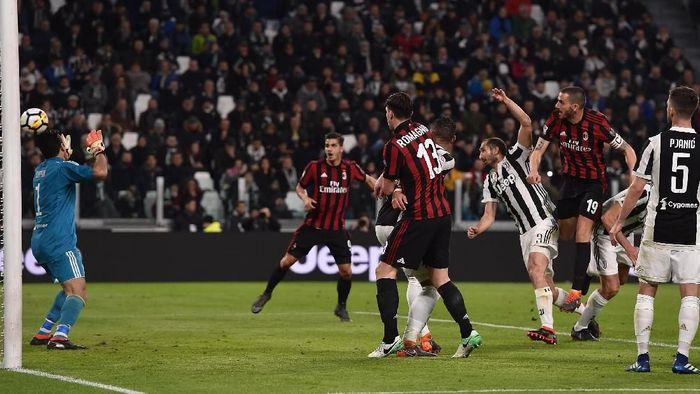 AC Milan akan menghadapi Juventus di pekan ke-12 Liga Italia 2018/2019. (Foto: Tullio M. Puglia/Getty Images)