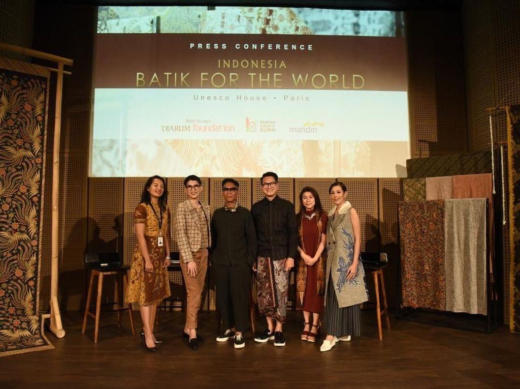 Cerita Oscar Lawalata Soal Tantangan Pamer Batik di UNESCO Paris