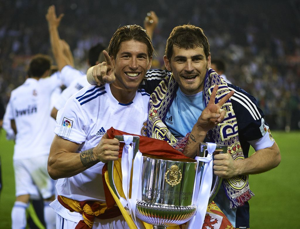VALENCIA, BARCELONA - APRIL 20:  Iker Casillas (R) and Sergio Ramos of Real Madrid celebrate after the Copa del Rey final match between Real Madrid and Barcelona at Estadio Mestalla on April 20, 2011 in Valencia, Spain.  (Photo by Manuel Queimadelos Alonso/Getty Images)