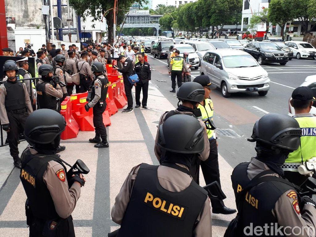 Polisi Siapkan 1.000 Personel Amankan Debat Terakhir Pilgub Jatim