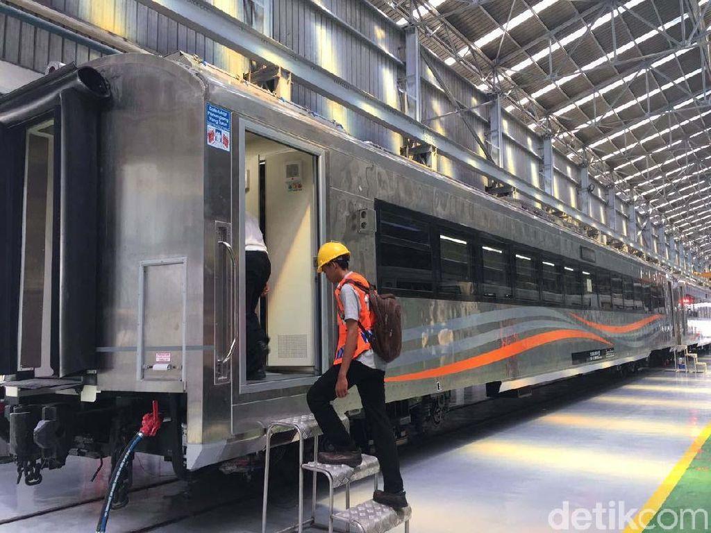 KAI Operasikan Kereta Baru Buatan INKA saat Mudik Lebaran