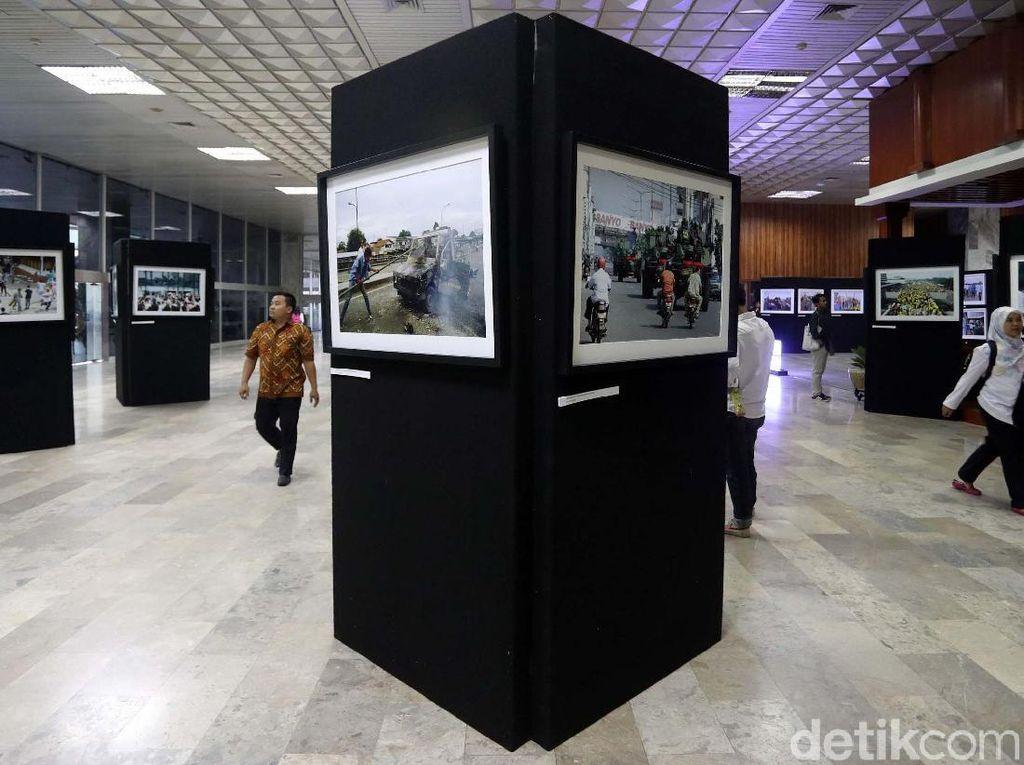 Pameran Foto Memperingati 20 Tahun Reformasi