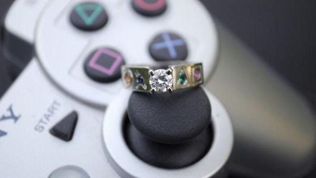 Deretan Cincin Lamaran Unik Khusus Pasangan Gamer