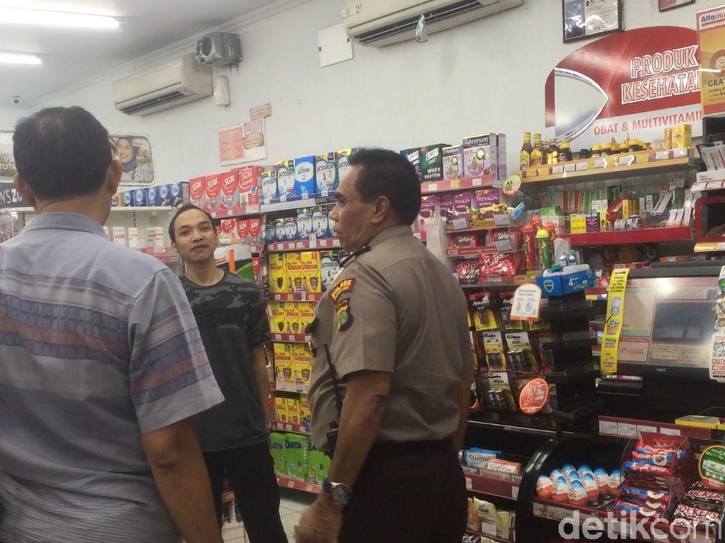 Maling Satroni Minimarket di Kramat Jati, Uang Rp 54 Juta Raib