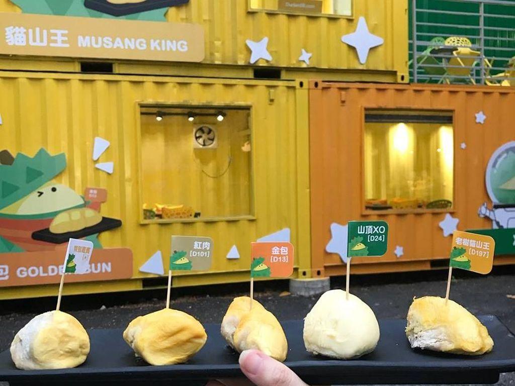 Pencinta Durian! Ada Dessert Serba Musang King di Taman Durian Ini