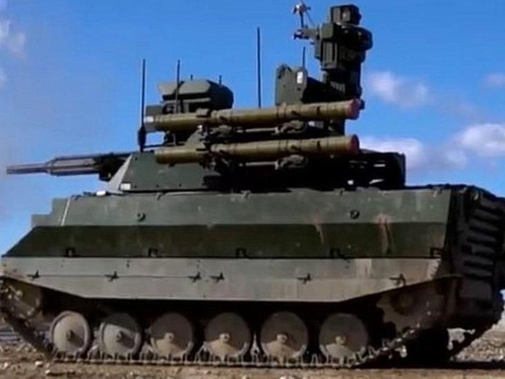 Rusia Pamerkan Tank Robot Saat Parade Kemenangan Perang Dunia II