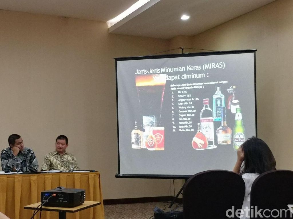Duh, 12 Persen Mahasiswa di Bandung Nyicip Miras Sejak SD