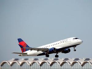15.000 Karyawan Delta Airlines Rela Pensiun Dini