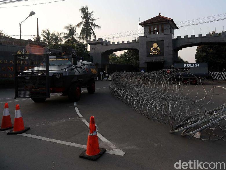 Kata Polisi soal Kondisi Ahok dan Tahanan Lainnya di Mako Brimob