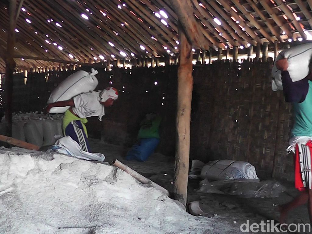 Stok Garam di Rembang Menipis, Harga Malah Turun