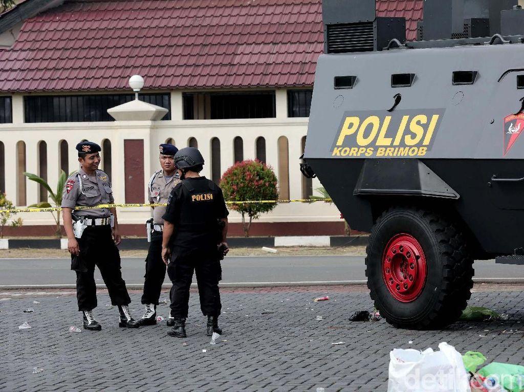 Polisi Ditusuk Pascarusuh di Mako Brimob, IPW: SOP Lemah