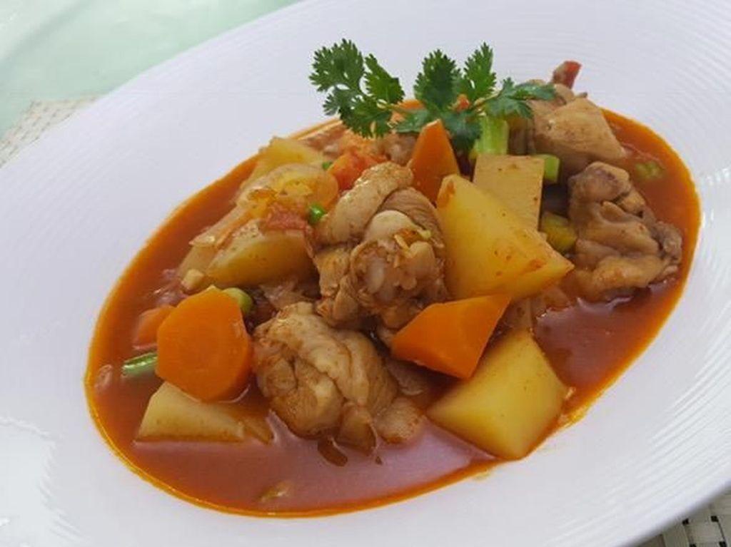 Menu Ke-3: Ada Ayam Teriyaki dan Ayam Bumbu Pedas yang Menggugah Selera