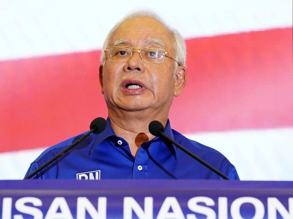 Najib: Kalah Pemilu, Mundur dari UMNO dan Dicekal