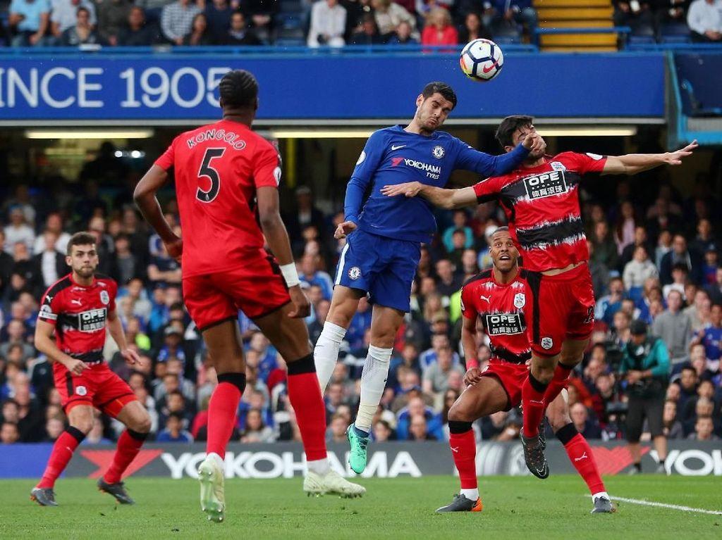 Dominan, Chelsea Masih Tanpa Gol Lawan Huddersfield