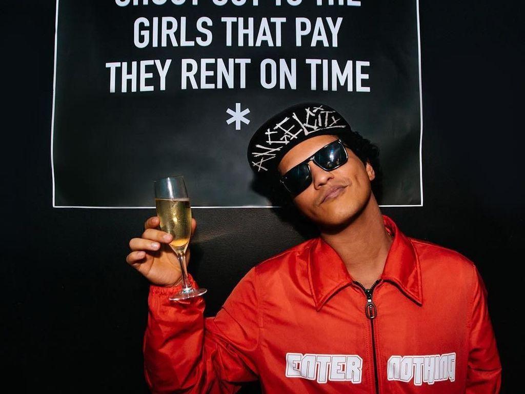 Reaksi Bruno Mars Mengetahui Lagunya Dibatasi KPID Jabar