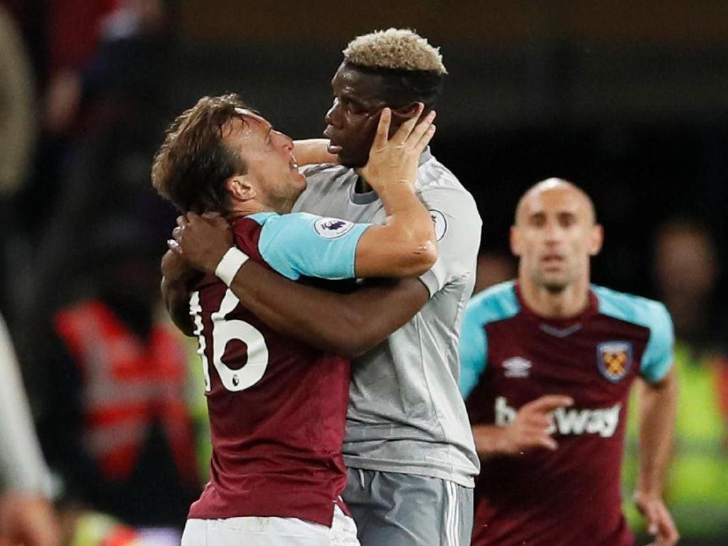 Pogba-Noble Ribut Lalu Berpelukan, Mourinho: Mereka Seperti Jatuh Cinta