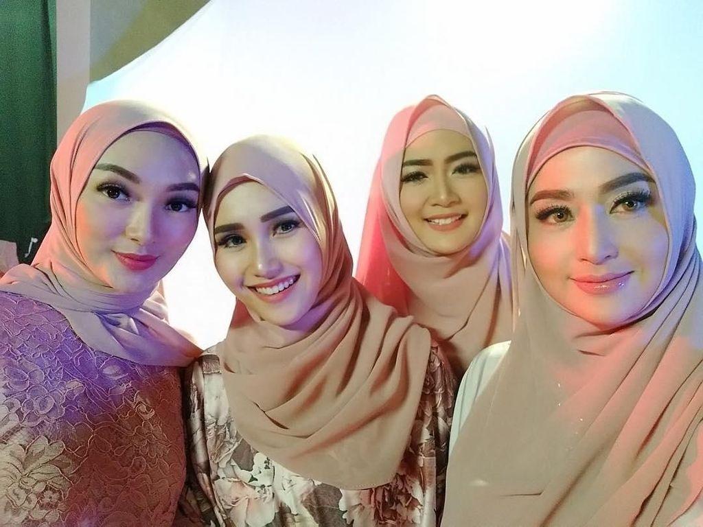 Ketika Dewi Persik hingga Ayu Ting Ting Pakai Hijab, Netizen Heboh