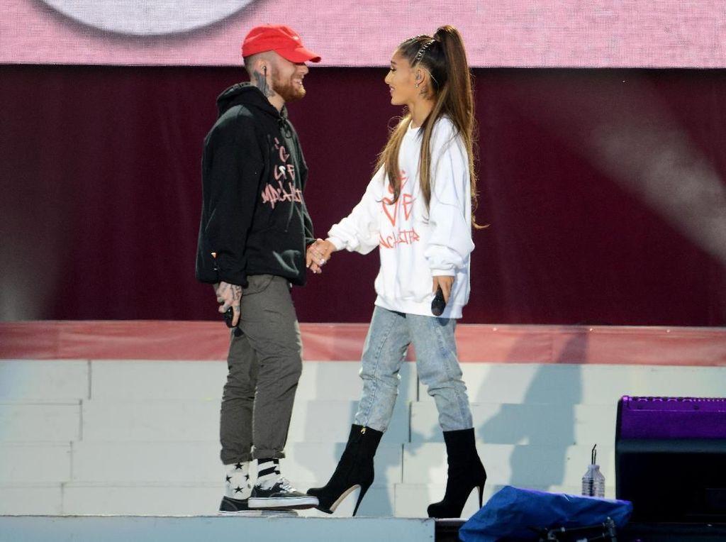 Ariana Grande Sudah Mencoba Merawat Mac Miller