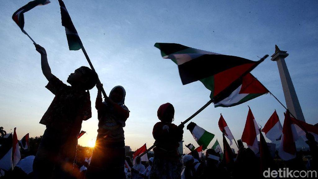 Foto: Penampakan Massa Aksi Bela Palestina di Monas