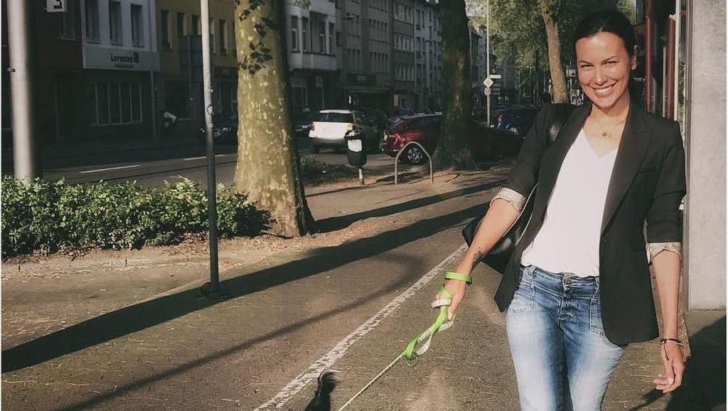 Foto: Liburan Rasa Mudik Sophia Latjuba di Jerman