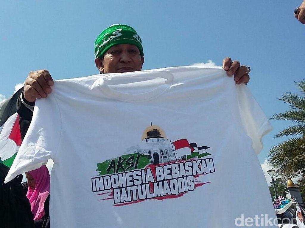 Ojol Ini Raup Rp 12 Juta Jualan Kaos Aksi Bela Palestina