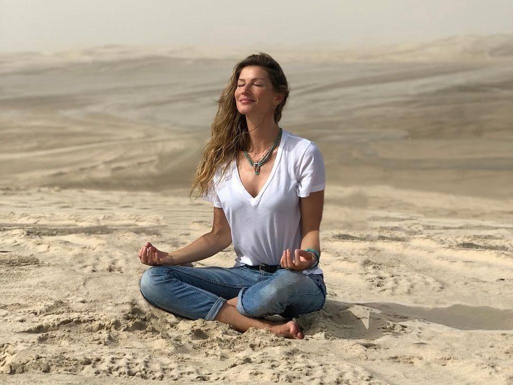 Intip Liburannya Model Cantik Gisele Bundchen di Qatar