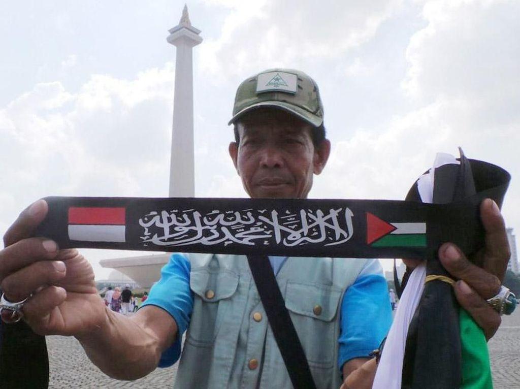 Mengais Rezeki dari Aksi Bela Palestina
