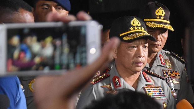 Kapolri Jenderal Pol Tito Karnavian (tengah), di Depok, Kamis (10/5).