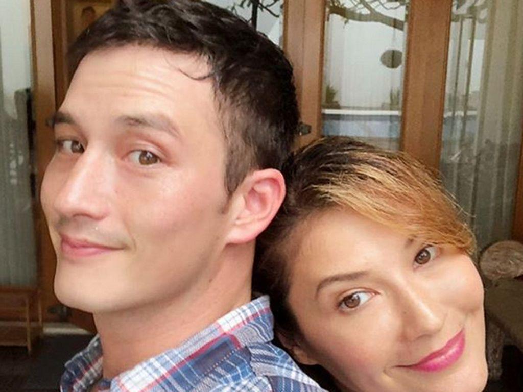 Tamara Bleszynski dan Mike Lewis yang Mesra Lagi