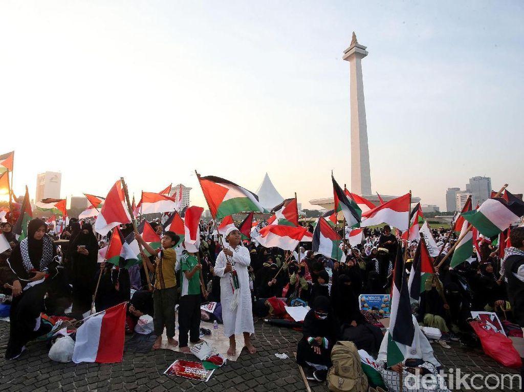 Waketum FPI Tantang Trump: Umat Muslim di Indonesia Siap Tempur!