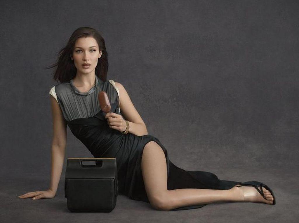 Cooler Bag Karya Alexander Wang Dijual Seharga Rp 14 Juta