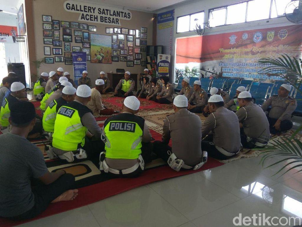 5 Polisi Gugur di Mako Brimob, Polantas di Aceh Gelar Doa Bersama