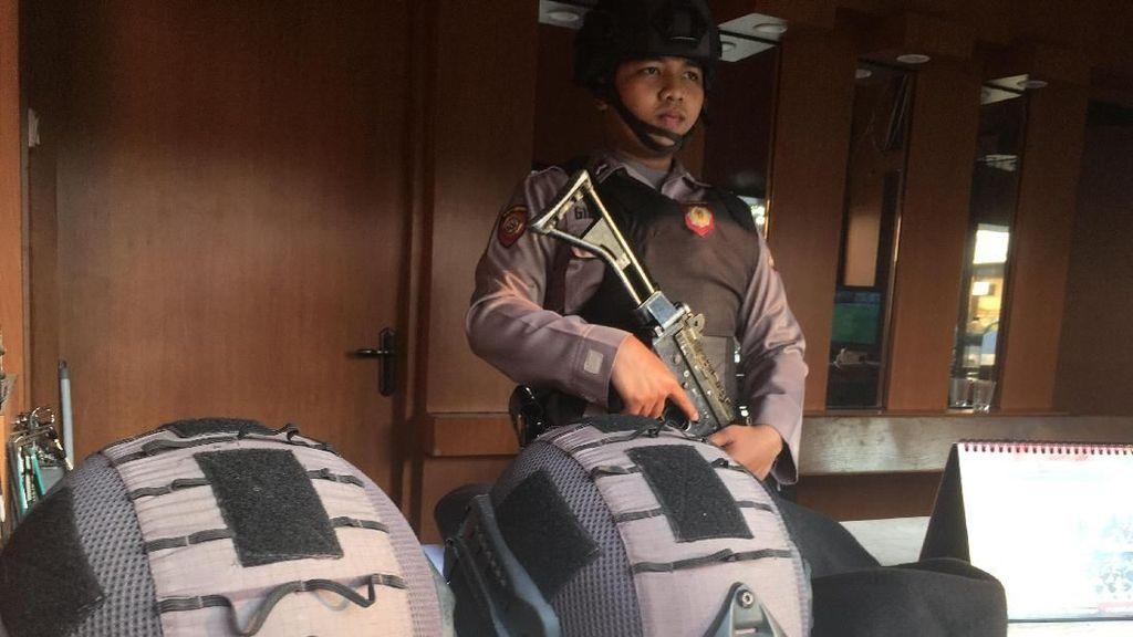 Ketatnya Penjagaan di Markas Polisi Pascarusuh di Mako Brimob