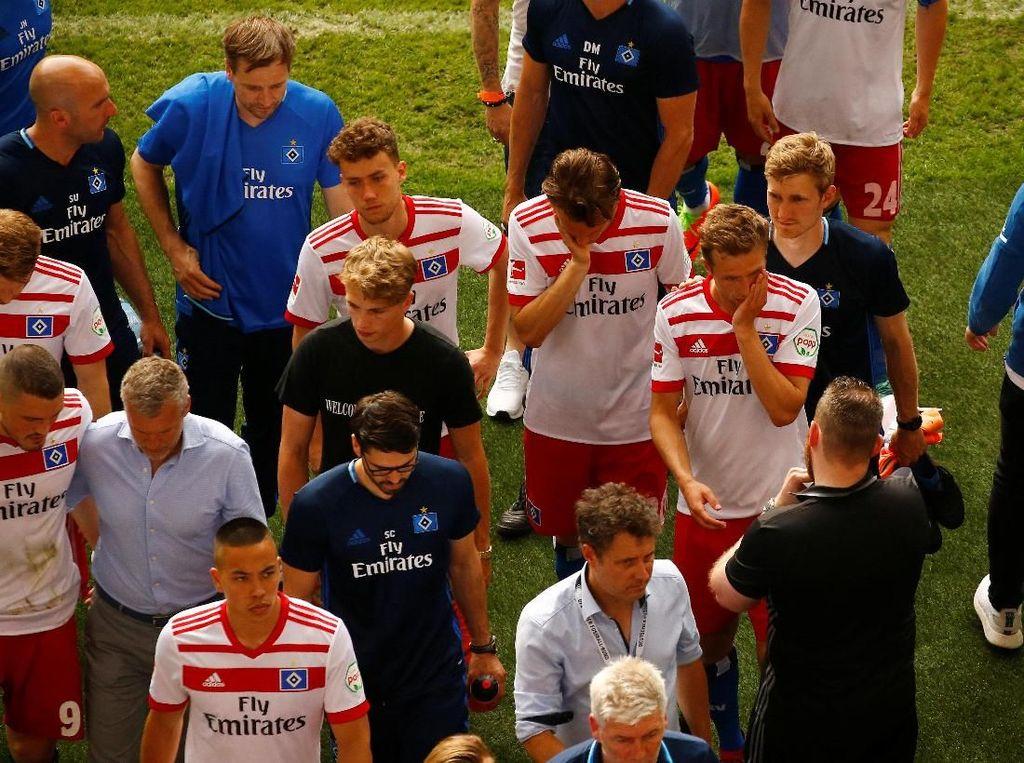 Untuk Pertama Kalinya Hamburg Terdegradasi dari Bundesliga