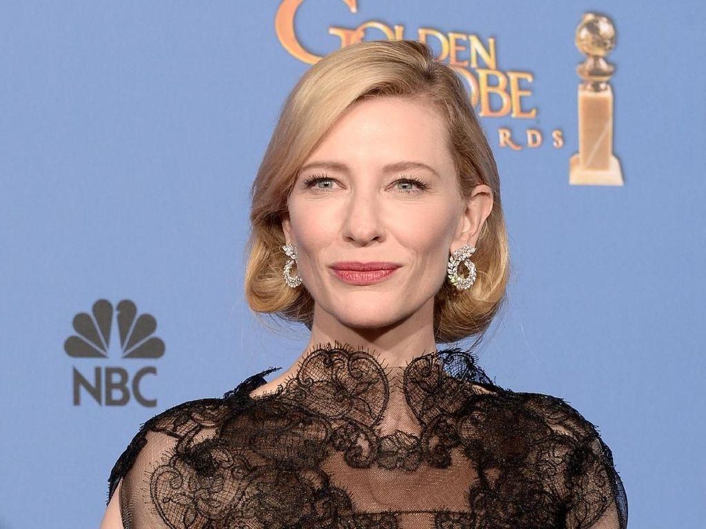 Kembali ke Panggung Teater, Cate Blanchett Disambut Antusias