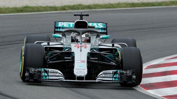 Mobil Lewis Hamilton mogok di kualifikasi babak pertama.