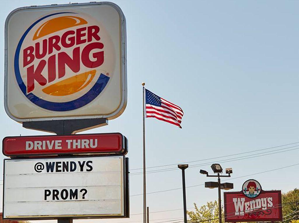 Lucunya! Burger King Ajak Wendys Untuk Pergi Ke Pesta Prom Bersama