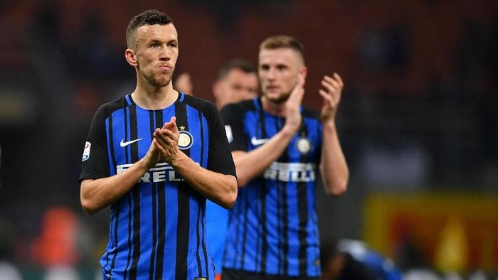 Inter Milan terancam gagal ke Liga Champions setelah kalah dari Sassuolo (Foto: Valerio Pennicino/Getty Images)