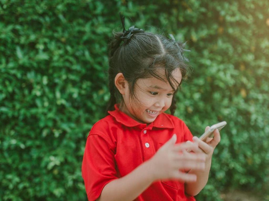 Begini Cara Ampuh Agar Anak Mau Beralih dari Gadget