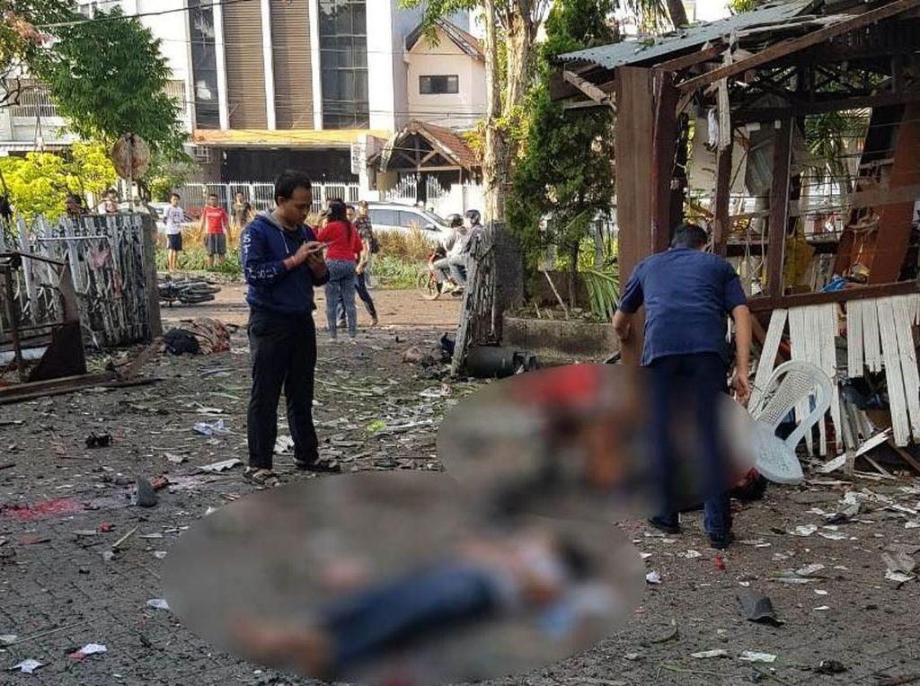 Begini Situasi dan Kondisi Lokasi Bom Bunuh Diri di Surabaya