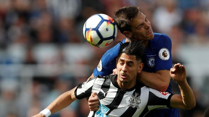 Chelsea tumbang 0-3 di markas Newcastle United di laga terakhirnya pada Premier League musim ini. (Foto: Lee Smith/Action Images via Reuters)