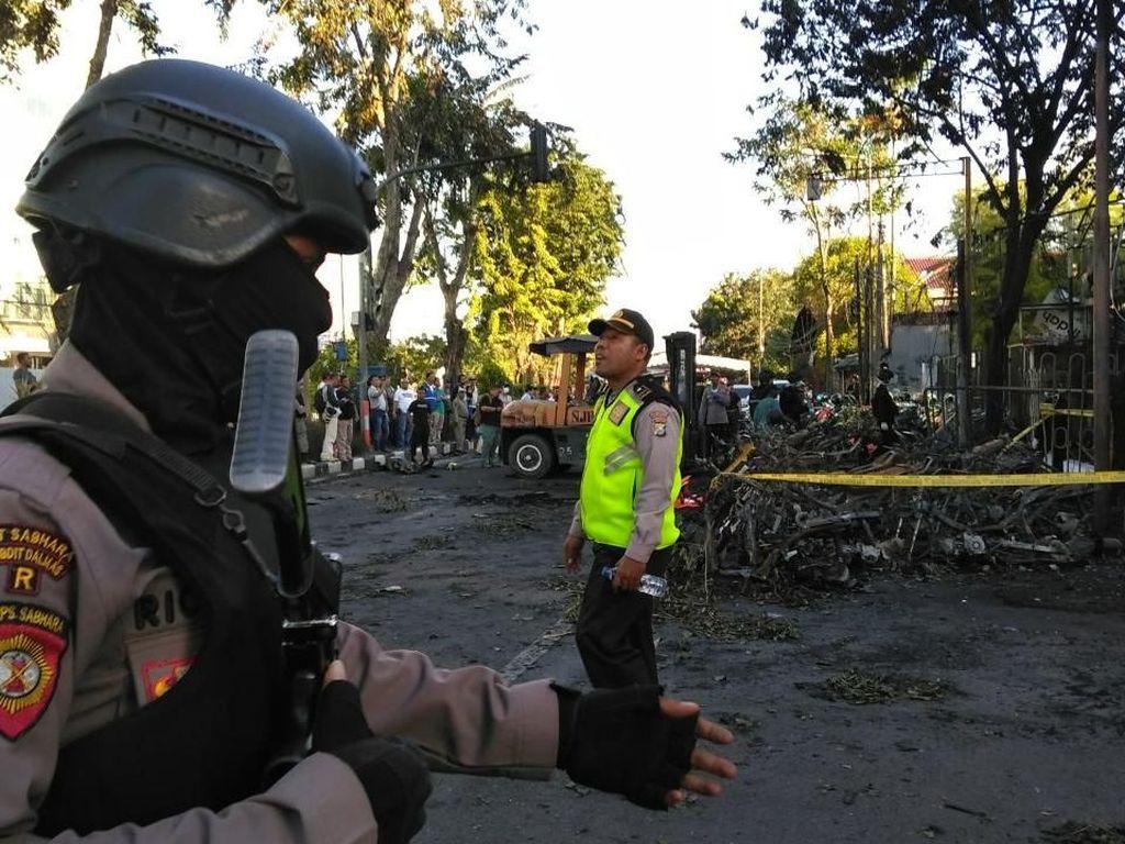 Polisi: Anak-anak Pengebom akan Diserahkan ke Keluarga yang Waras