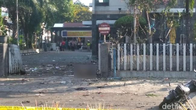 Ada Bom Bunuh Diri di Depan Gereja Santa Maria Surabaya