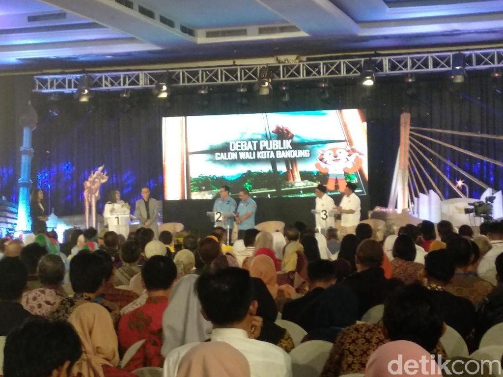 Tiga Kandidat Pilwalkot Bandung Beradu Program Bangun Bandung